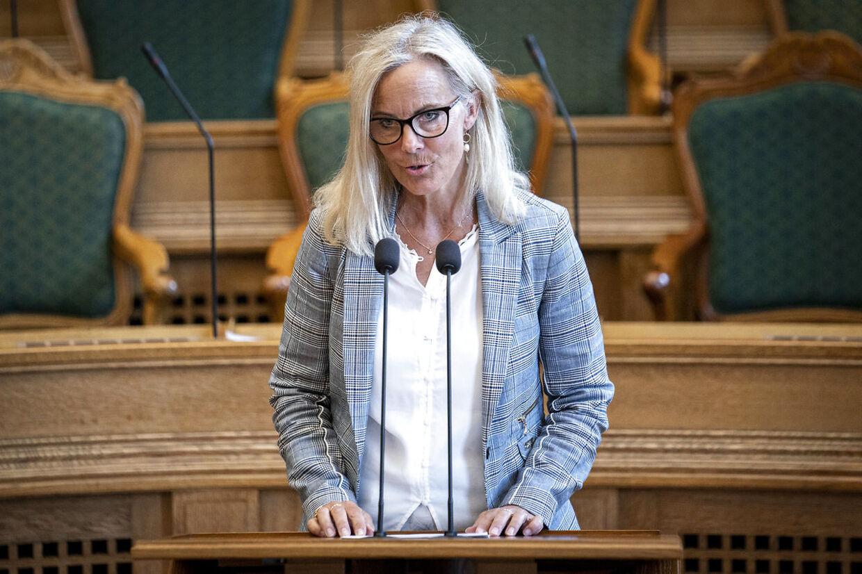 Konservative Folkepartis Birgitte Bergman til ministrenes spørgetid i Folketingssalen, onsdag den 6. maj 2020.