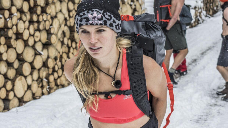 At bestige Kilimanjaro har længe stået på Caroline Wozniackis liste over ting, hun ville opleve. - Jeg kunne også godt tænke mig at se Machu Picchu og pyramiderne i Egypten. Jeg kunne også godt tænke mig at tage til Alaska, Grønland og Færøerne, siger sportsstjernen til Ritzau. Per Arnesen / Discovery Networks Danmark/Free
