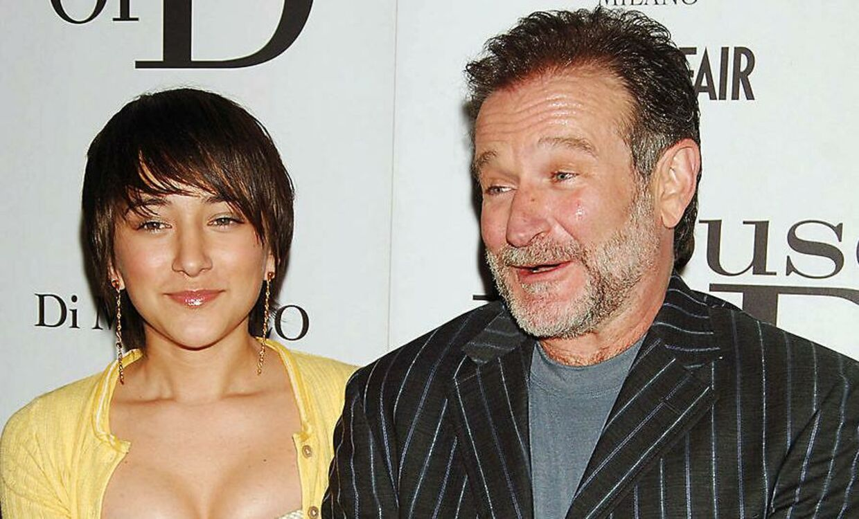 Skuespilleren Robin Williams med sin datter Zelda Williams i 2005. Robin Williams døde i 2014. REUTERS.