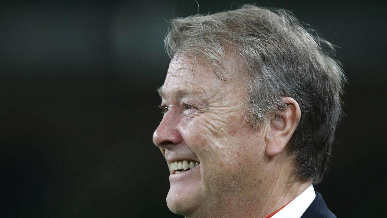 Åge Hareide forventer at blive ny træner i Rosenborg.