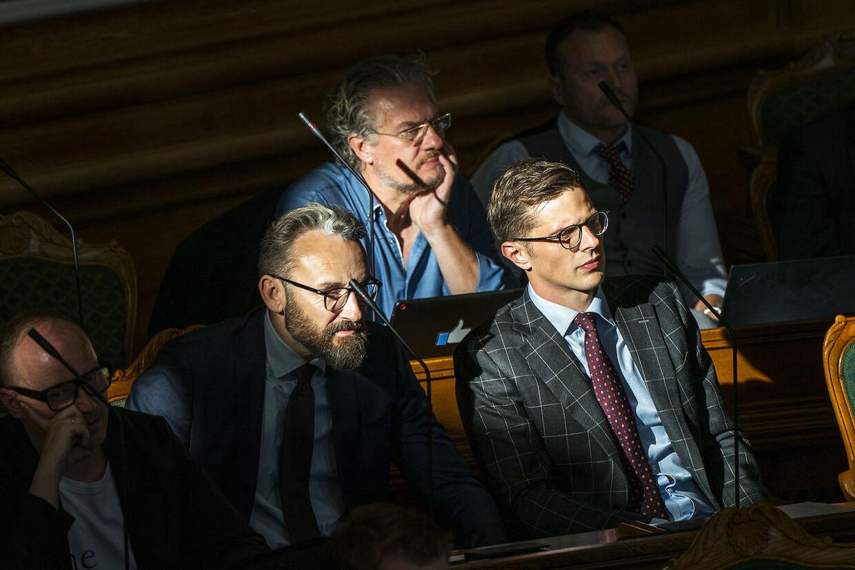 Ole Birk Olesen (tv.), Henrik Dahl og Alex Vanopslagh.