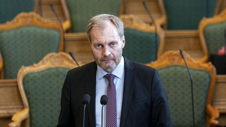 Dansk Folkeparti foreslår, at man maksimalt må mødes ti personer i ghettoer, hvor smitten er stigende.