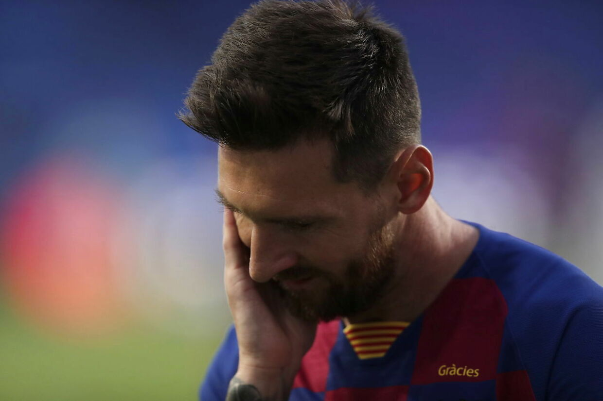 epa08604213 Lionel Messi of Barcelona reacts during the UEFA Champions League quarter final match between Barcelona and Bayern Munich in Lisbon, Portugal, 14 August 2020. EPA/Manu Fernandez / POOL