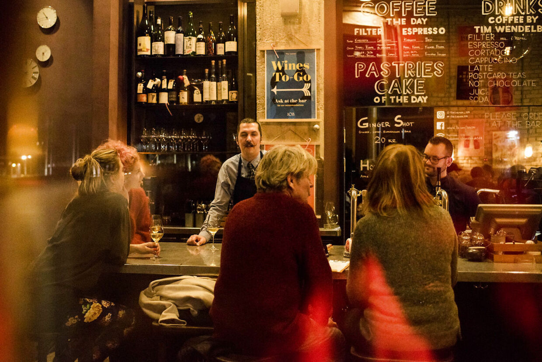 Restauranter og barer får udvidet deres åbningstider.