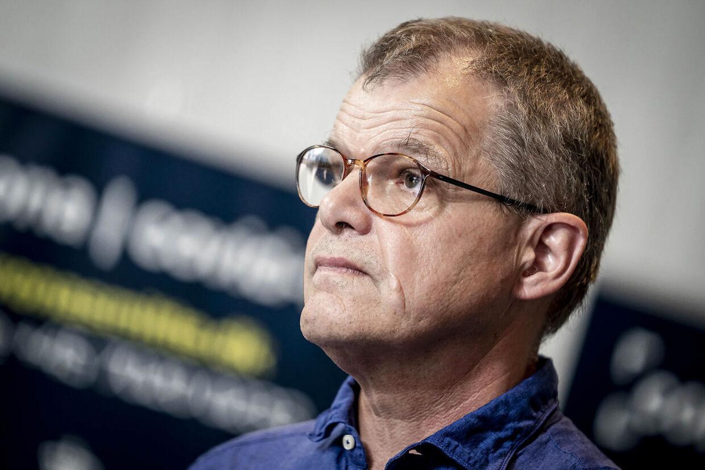 B.T. har forsøgt at kontakte faglig direktør i Statens Serum Institut Kåre Mølbak, men det er endnu ikke lykkedes at få en kommentar fra hverken Mølbak eller SSI's konstituerede direktør, Ole Jensen.
