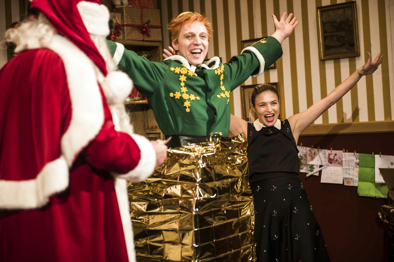 Christiane Schaumburg-Müller spillede i 2018 en af hovedrollerne i musicalen 'Elf' - en underholdende og let rolle, der passede perfekt til hende, fortæller hun. Her spillede hun over for blandt andre Pelle Emil Hebsgaard, Tommy Kenter og Julie Steincke.
