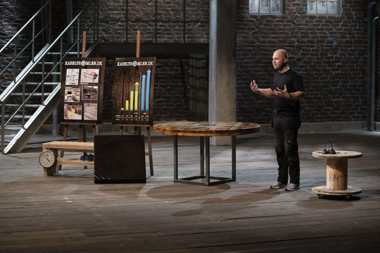 Palle med virksomheden Kabeltromlen i 'Løvens hule' i fjerde sæson.