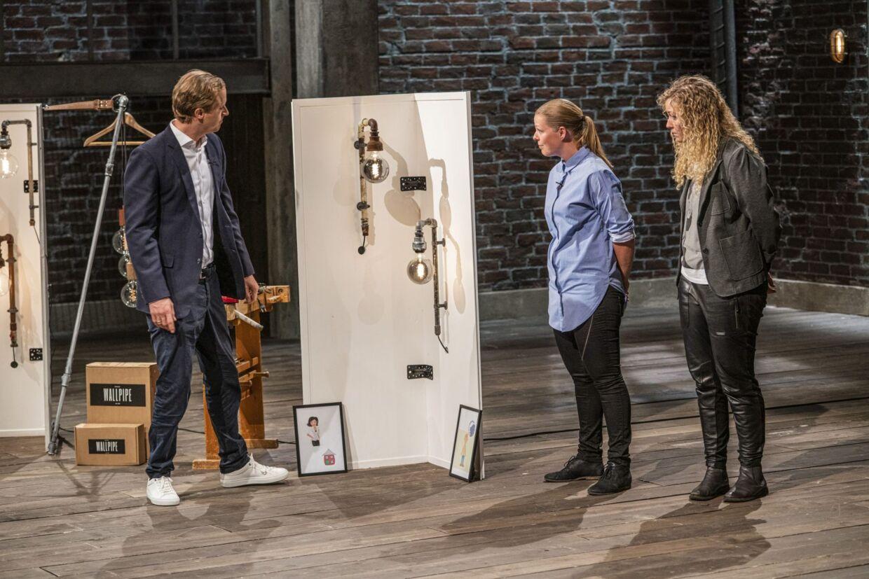WallPipe præsenteres af Lisbeth og kæresten Stine i 'Løvens hule', hvor Christian Arnstedt viste størst begejstring for produktet.