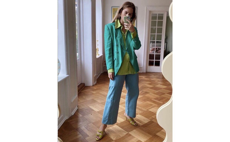 Den danske blogger og entreprenør Trine Kjær er et farverigt bekendtskab. Hvis du vil vide, hvordan du skal kombinere farver og generelt tilføre mrer farve til din garderobe, så skal du følge Trines Kjærs eksempel. Foto: Instagram/@trine_kjær