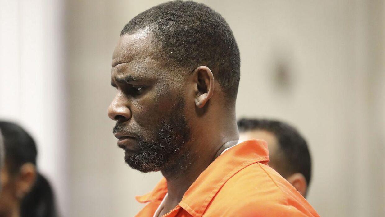 R. Kelly er angiveligt blevet overfaldet i fængslet.