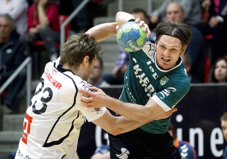 Claus Møller skiftede tilbage til dansk håndbold og Skjern i 2009, og bagspilleren blev topscorer i sin comeback-sæson. Han indstillede sin profesionelle karriere i 2014.