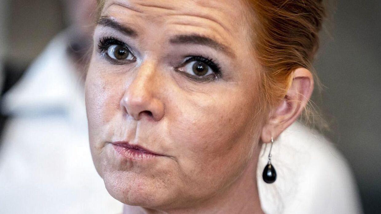 Inger Støjberg (V) er langt fra tilfreds med regerignens udspil til et nyt politi. Der skal langt flere betjente på gaden, hvis volden på S-togsstationerne skal til livs.