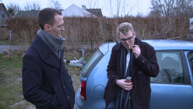 Åke bryder sammen, da snakken med ekspert Kenneth Hansen falder på hans forældre, som han skylder omkring 111.500 kr.