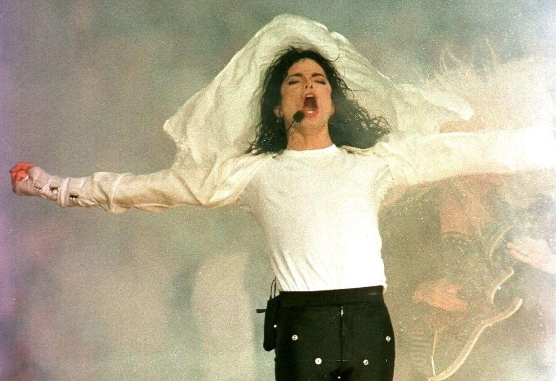 Michael Jackson performer til Super Bowl i 1993