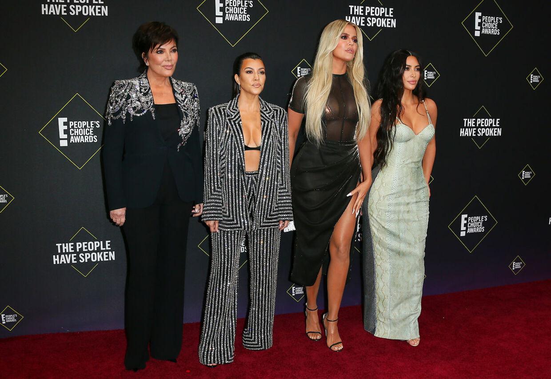 Kris Jenner (tv) er mor til Kourtney, Khloé og Kim Kardashian.