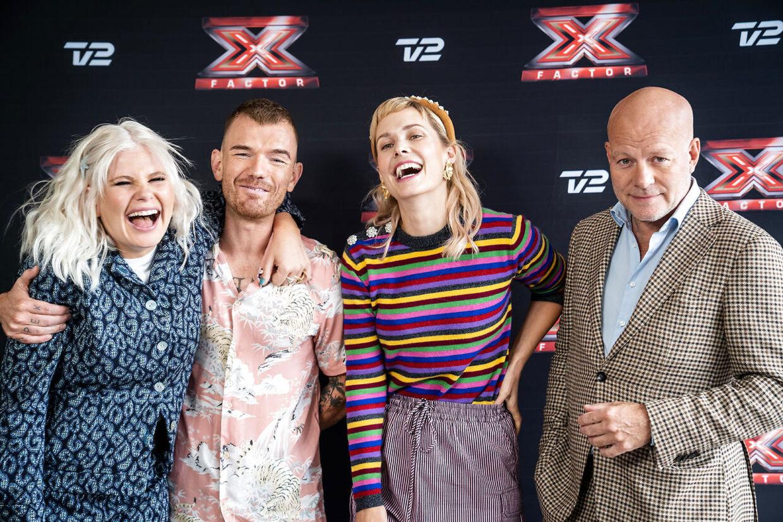 'X Factor'-vært Sofie Linde med sine tre dommere Ankerstjerne, Thomas Blachmann og Oh Land.