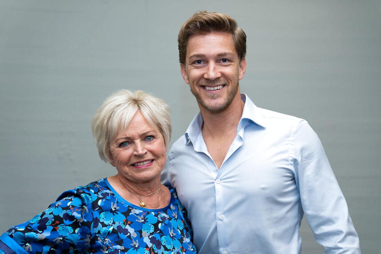 Sangerinde Hilda Heick og Michael Olesen til 'Vild med dans' pressemøde i København, tirsdag den 8. september 2020. (Foto: Emil Helms/Ritzau Scanpix)