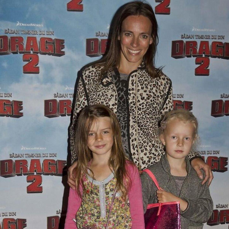 Camilla Ottesen er (også) mor til en datter, som hun ses med her. Datteren hedder Viola og ses til venstre, og Violas veninde ses til højre.