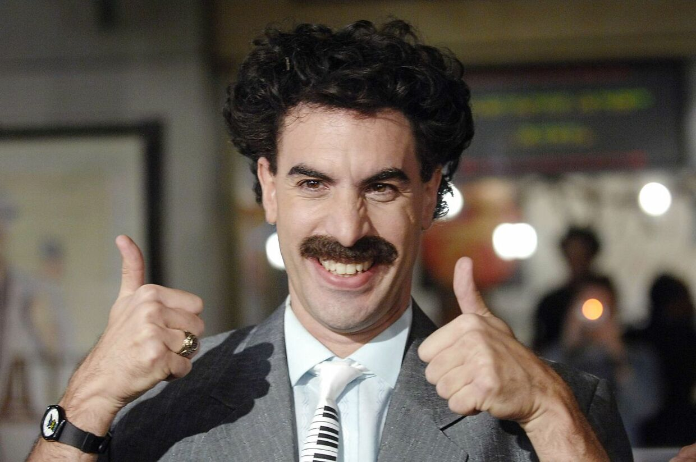 Sacha Baron Cohen i rollen som Borat ankommer til den amerikanske premiere på den første 'Borat'-film.