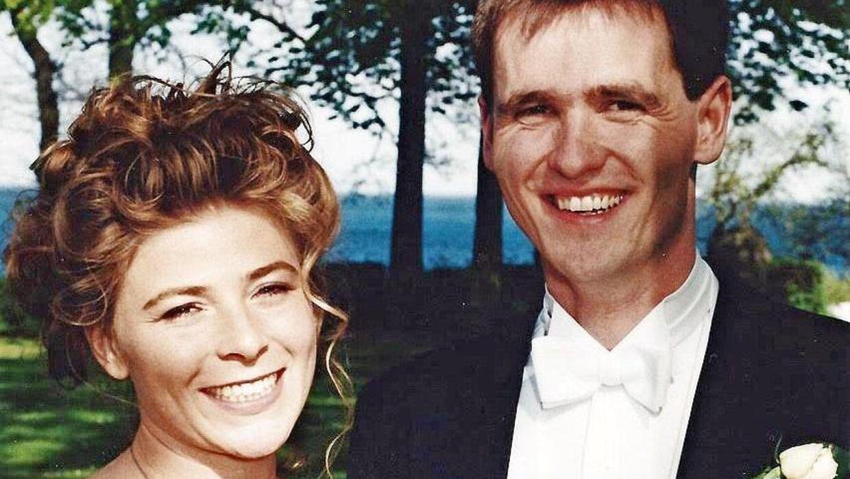 Julie Rubow og Bjørn Jacobsen blev gift 6. maj 1995. De mødte hinanden gennem fælles venner på Aarhus Universitet. Han studerede økonomi og hun statskundskab.