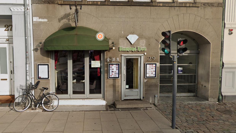Den kinesiske restaurant er nu blevet meldt til politiet af Fødevarestyrelsen.