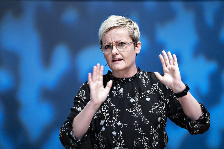 Børneminister Pernille Rosenkrantz-Theil syntes i 2008, at Jeppe Kofods sexsag ikke burde have nogen konsekvenser. I dag har hun intet nyt at sige.