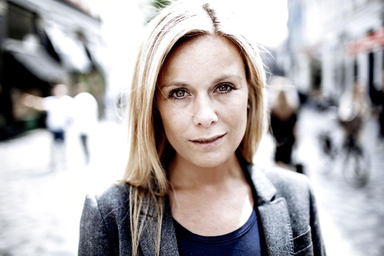 Camilla Nørgaard fra TV2 sporten bliver officielt Parkinson ambassadør lørdag d. 24. maj 2014og taler om hvordan det er at være pårørende til en mand som hendes far, der havde Parkinson og som døde for noget tid siden.
