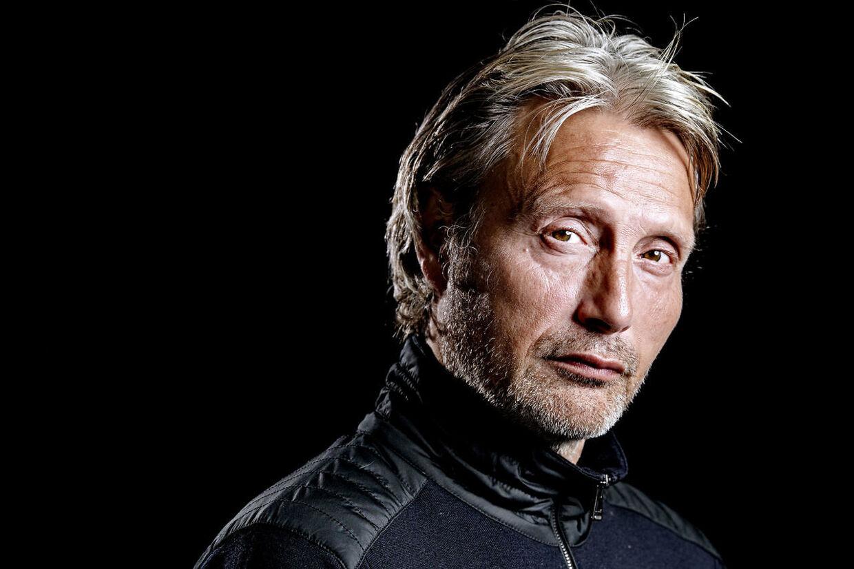 Det er fem år siden, at Mads Mikkelsen sidst kunne ses i en dansk film. Nu er han aktuel i Thomas Vinterbergs 'Druk'.