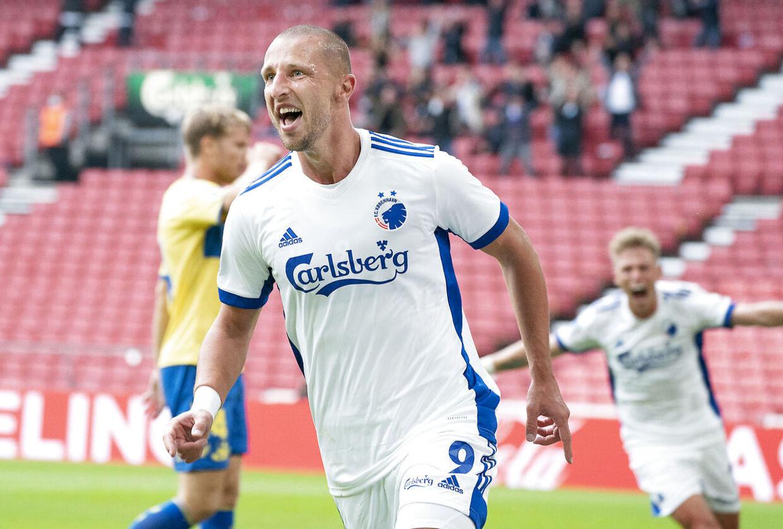 FC Københavns Kamil Wilczek jubler efter scoring til 1-0 under Superligakampen i Parken mellem FC København og Brøndby IF, søndag den 20. september 2020. (Foto: Claus Bech/Scanpix 2020)