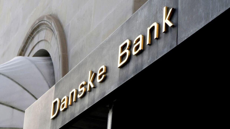 Mistænkelige milliarder er strømmet gennem Danske Bank i Estland. Flere medier sætter nu ansigt på personerne.
