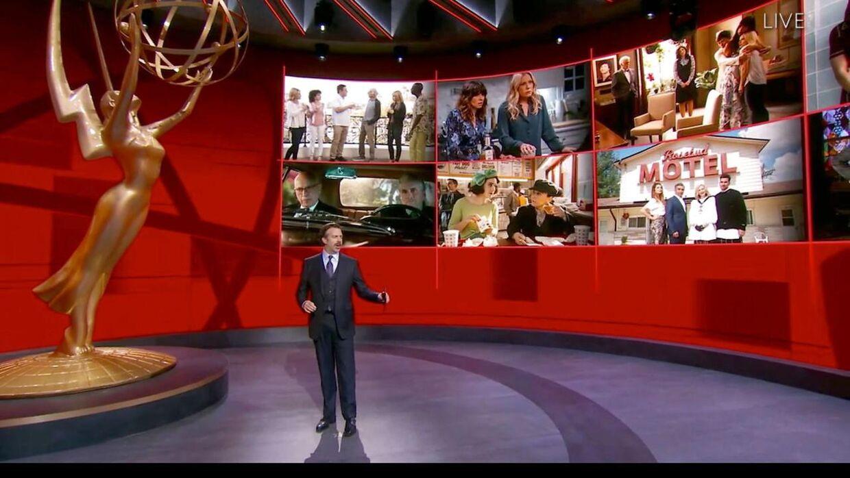 Stjernerne fulgte med i prisuddelingen hjemmefra, mens Kimmel styrede showet i Los Angeles.