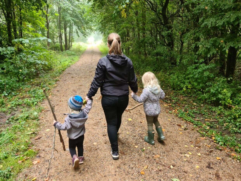Ann Katrine med parrets to børn. (Privatfoto)