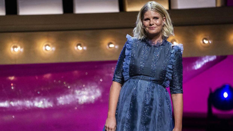 Sofie Linde på scenen ved ZULU Comedy Galla 2020.