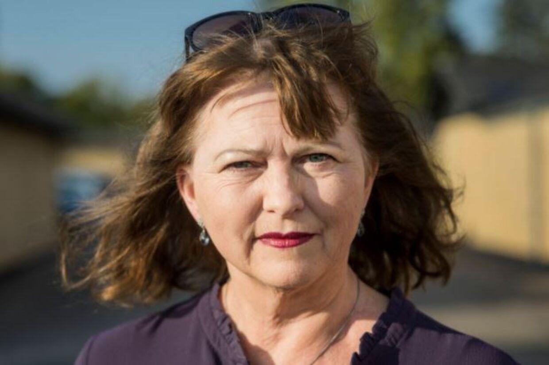 Karin Røssel Hoffmann er vred over, at staten inddrager hendes penge.