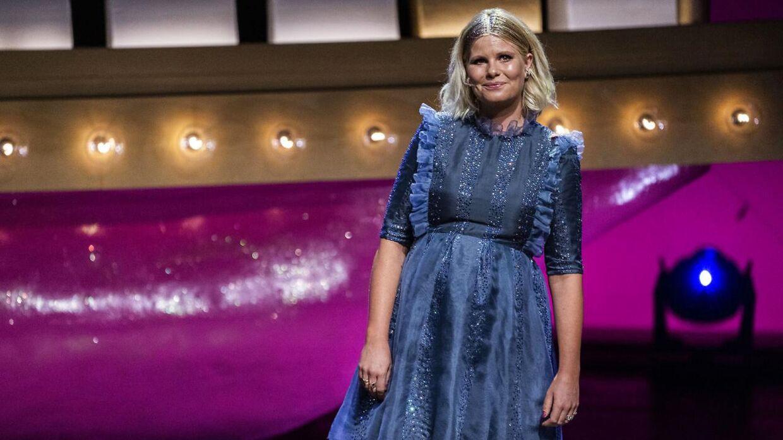 Sofie Linde på scenen ved ZULU Comedy Galla 2020, der blev afholdt i Operaen i København, onsdag den 26. august 2020.