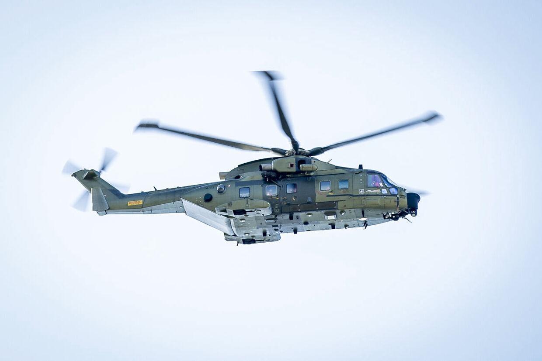 Helikopter over Glostrup, tirsdag den 7. april 2020.