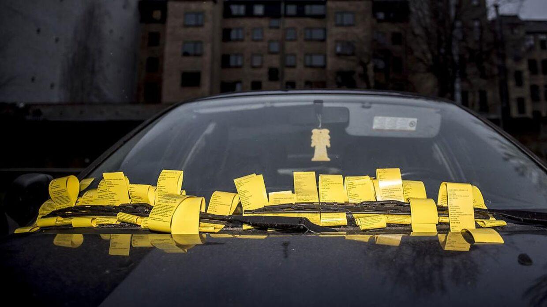 Danskerne har betalt knap en milliard kroner på at parkere i 2019.