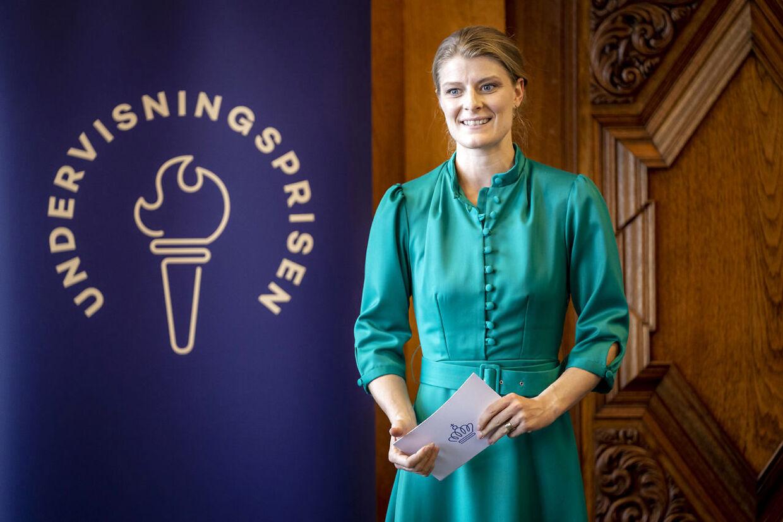 Uddannelse- og forskningsminister Ane Halsboe-Jørgensen og beskæftigelsesminister Peter Hummelgaard forbrød sig mod retningslinierne for covid-19, da de var i Det Kongelige Teater.