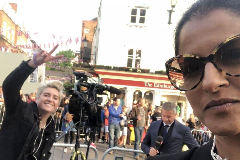 Som korrespondenter for henholdsvis TV 2 og DR har Divya Das og Kim Bildsøe Lassen ofte skulle dække de samme historier. Her er de begge på arbejde i forbindelse med Meghan og Harrys bryllup i 2018