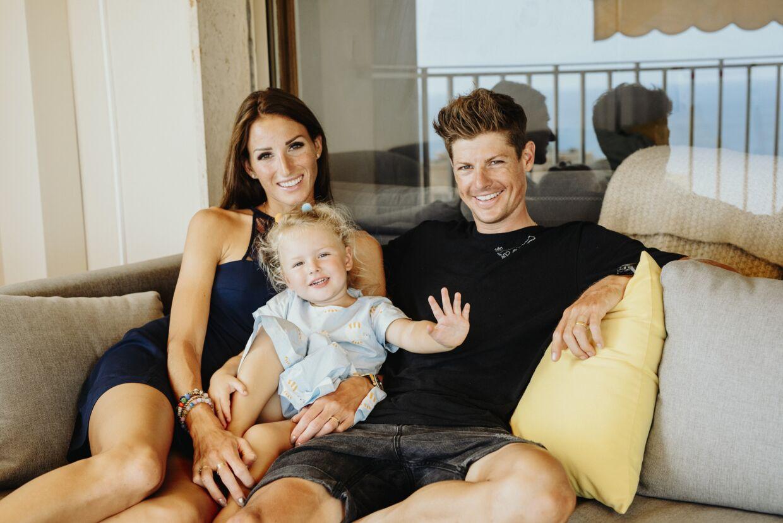 Familien Fuglsang i lejligheden i Monaco.