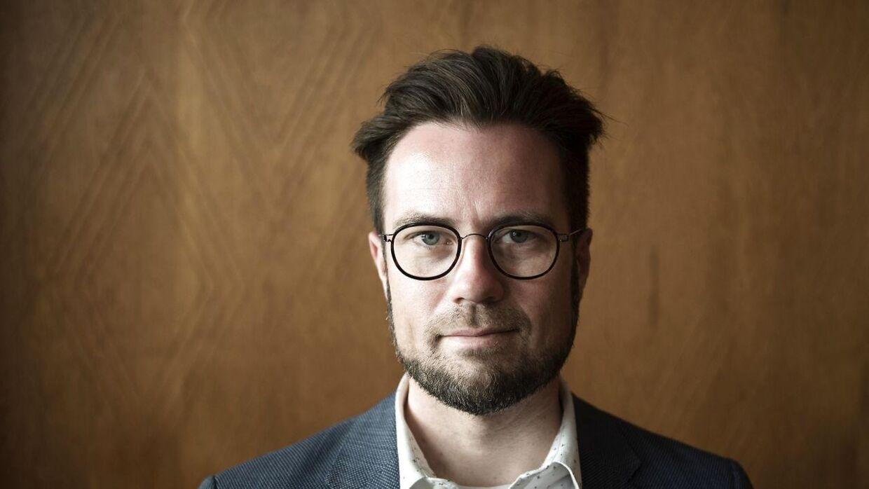 Odenses borgmester, Peter Rahbæk Juel (A), vil have oprettet en hotline til at hjælpe muslimske kvinder.