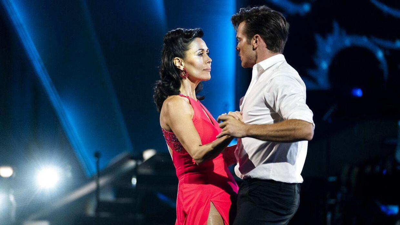 Nukâka Coster-Waldau og Silas Holst dansede fredag en jive.