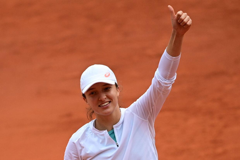 Iga Swiatek spillede sig torsdag i French Open-finalen med en stensikker sejr over argentinske Nadia Podoroska. Martin Bureau/Ritzau Scanpix