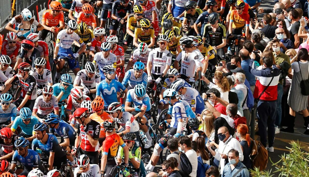 The peloton is pictured prior the start in Giovinazzo during the 8th stage of the Giro d'Italia 2020 cycling race, a 200-kilometer route between Giovinazzo and Vieste on October 10, 2020. (Photo by Luca Bettini / AFP)