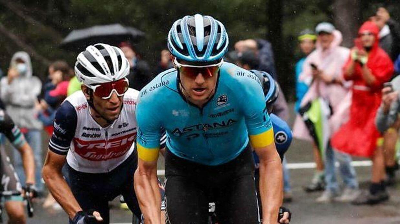 Vincenzo Nibali og Jakob Fuglsang side om side på Giroens tredje etape med slutning på vulkanen Etna.