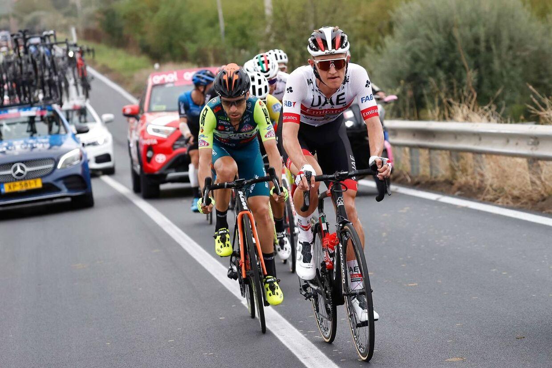 Mikkel Bjerg (i hvidt) har kørt formidabelt til Giro d'Italia, og han besidder en motivation som få.