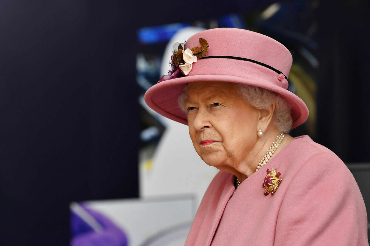 Britain's Queen Elizabeth looks on at the Defence Science and Technology Laboratory at Porton Science Park near Salisbury, Britain October 15, 2020. Ben Stansall/Pool via REUTERS