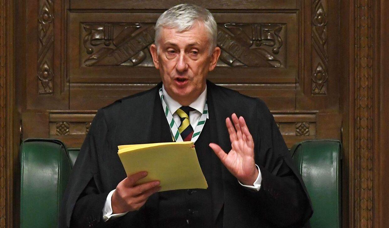 Lindsay Hoyle, der er speakerir i det britisker underhus, iindfører totalt alkoholforbud i parlamentet med virkning fra i morgen lørdag den 17. oktober 2020.