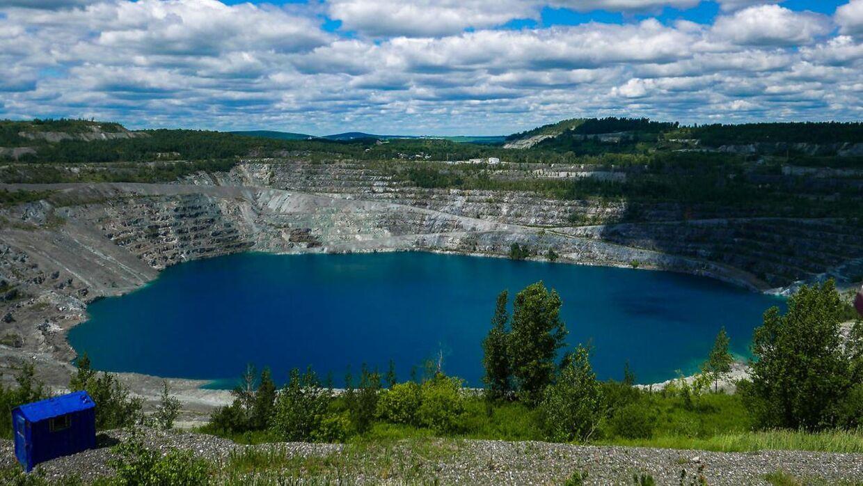 Asbestos blev opkaldet efter verdens største asbest-mine, der ligger i nærheden af byen.
