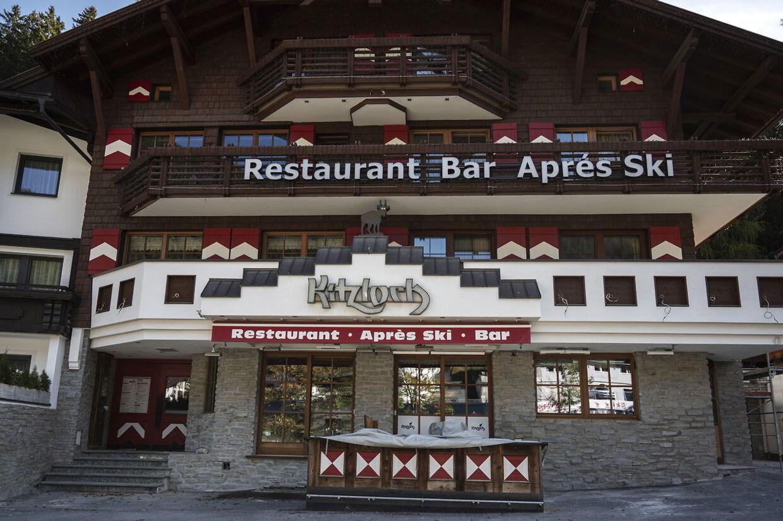 Der bliver ikke afterski, som man kender det i Tyrol. I stedet for at stå på bordene skal du i år sidde ved bordene for at få serveret alkohol.